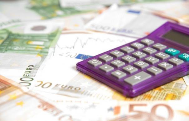 Recurso negocios, dinero, calculadora, hacienda, recaudación, IRPF