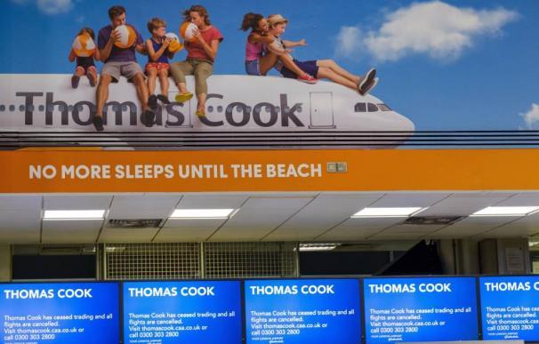 Fotografía cartel publicitario Thomas Cook / EFE
