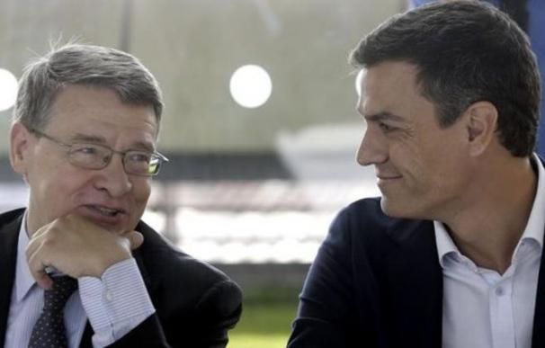 Fotografía de Pedro Sánchez con Jordi Sevilla / EFE
