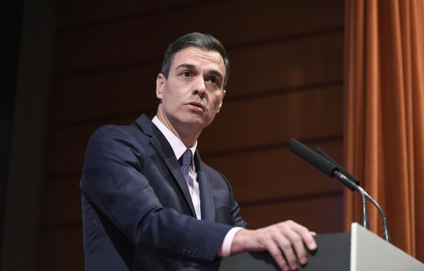 Sánchez descarta una tasa a la banca tras una entente con Santander, Caixa y BBVA