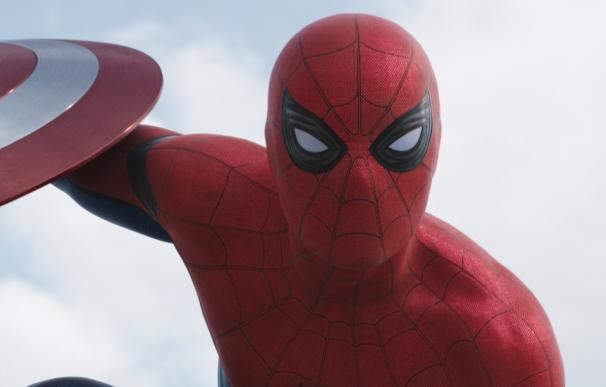 'Spider-Man: Homecoming': vídeos de Tom Holland en acción desde el set de rodaje