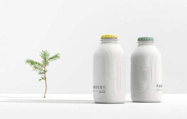 Botella de papel reciclable de Paboco, participada por Coca Cola.