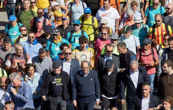 El president de la Generalitat en la marcha por los presos. /EFE