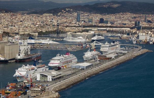 El Puerto de Barcelona bate su récord anual de barcos de crucero