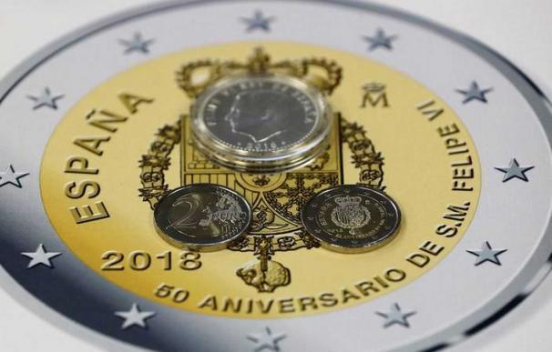 Fotografía moneda conmemorativa '50 Aniversario Su Majestad El Rey' / EFE