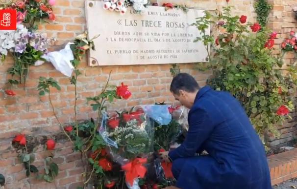 Sánchez se marcha a honrar a las Trece Rosas horas después de sacar a Franco