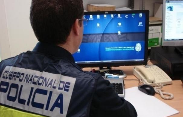 La Junta forma a agentes de policía y personal de emergencias para investigar en Internet y redes sociales