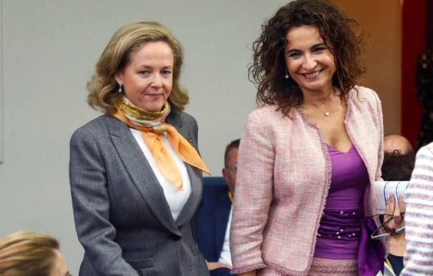Nadia Calviño y María Jesús Montero. La seriedad y la sonrisa del actual régimen económico