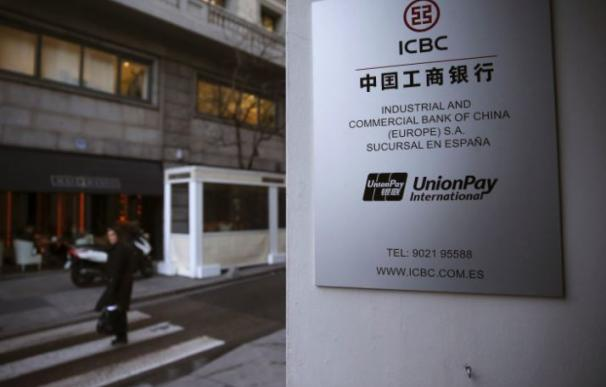 El juez imputa al banco chino ICBC por el blanqueo de fondos de al menos tres grupos criminales