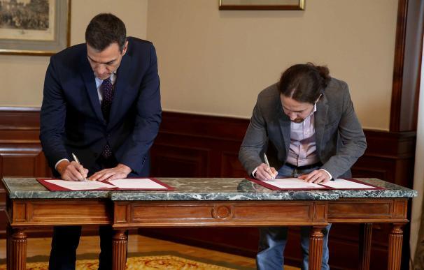 Firma del acuerdo entre Sánchez e Iglesias