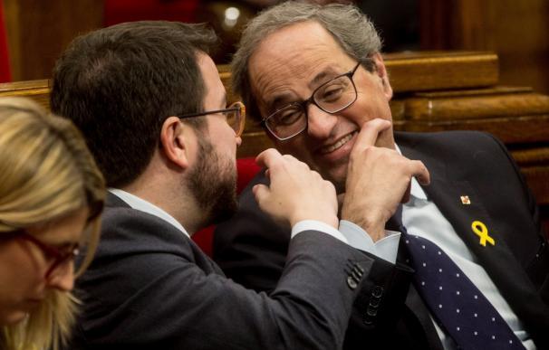 El presidente de la Generalitat, Quim Torra (d), junto al vicepresidente del Govern y conseller de Economía, Pere Aragonès (EFE/ Quique García)