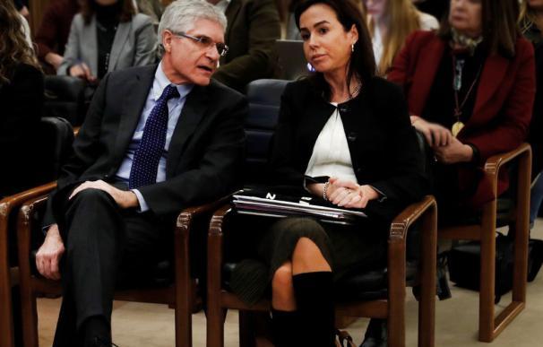Isabel Pardo de Vera, presidenta de Adif, con su colega de Renfe, Isaías Taboas