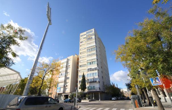 Inmueble de la calle Santander en subasta situada en la planta 14.