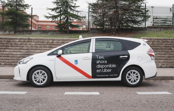 Uber lanza su servicio de taxi en Madrid