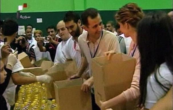 Bashar el Asad y su esposa luchan por salvar su imagen