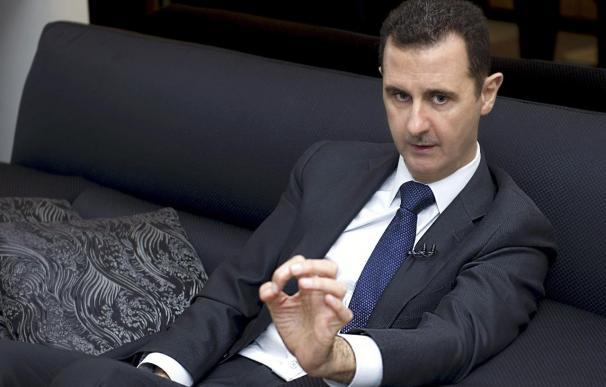 Al Assad desmiente que haya ordenado un ataque químico en Damasco
