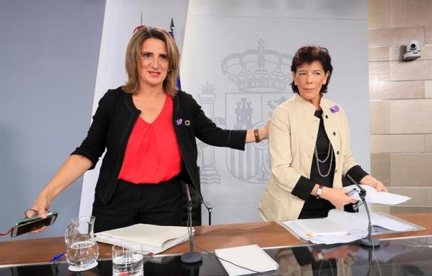 Teresa Ribera, Isabel Celaá