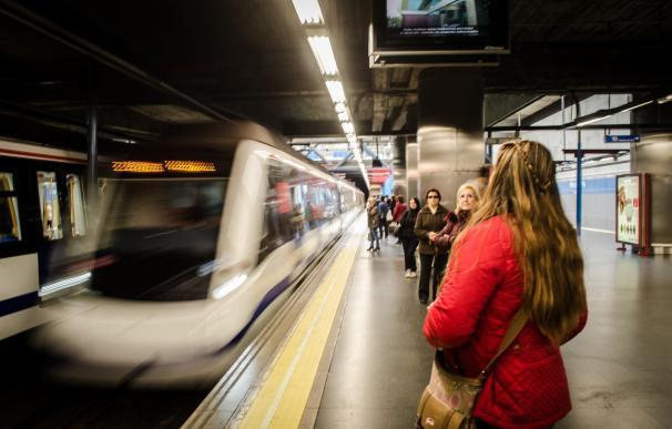 El sindicato de Maquinista de Metro afirma que el seguimiento de la huelga es del cien por cien en la primera jornada