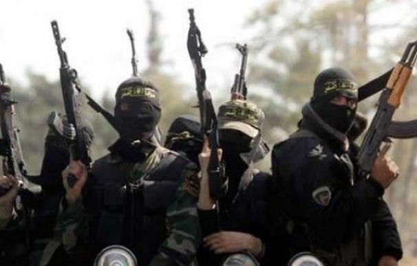 Miembros del grupo terrorista Estado Islámico (EI). / EFE