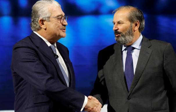 José Bogas, consejero delegado de Endesa, y Juan Sánchez-Calero, presidente (Chema Moya / EFE).