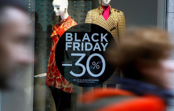 Santander, Bankia, ING... Los bancos ya lanzan sus 'ofertas de dinero' ante el Black Friday