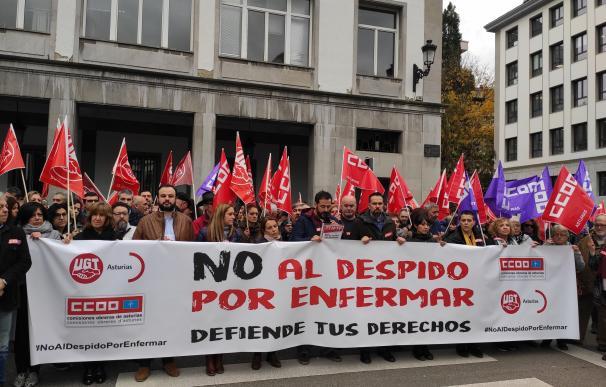 Jornada de protestas ante los juzgados de la calle Monforte