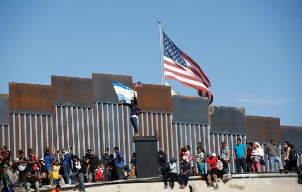 Inmigrantes sudamericanos tratan de acceder a EEUU