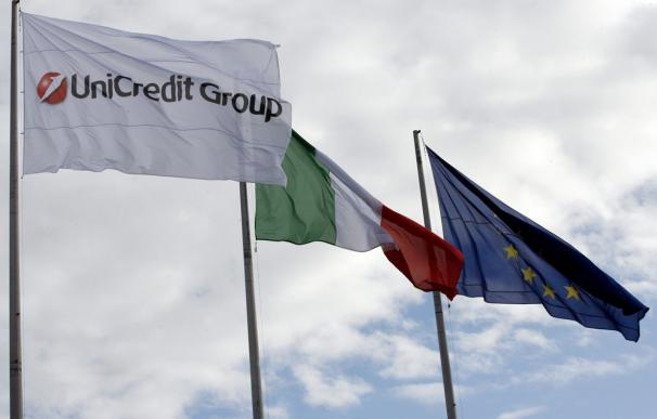 Unicredit propone a grandes bancos crear un fondo de rescate de 20.000 millones