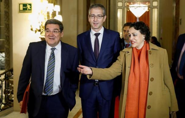 MAGDALENA VALERIO, HERNÁNDEZ DE COS Y JOSÉ LUIS ESCRIVÁ