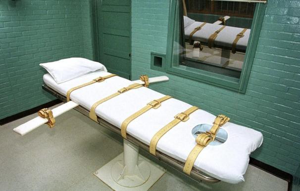 Suspenden la ejecución de 2 reos en Oklahoma por una disputa sobre las drogas letales