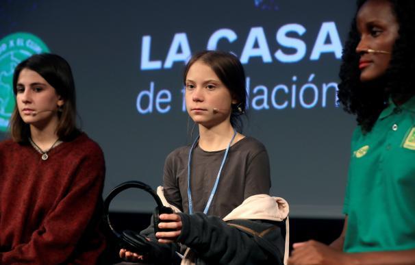 La joven activista climática de 16 años Greta Thunberg, durante la rueda de prensa que ha ofrecido este viernes en la Casa Encendida de Madrid. /EFE/Kiko Huesca