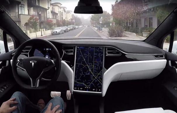 Olvídese del coche autónomo: regulación y carreteras todavía tardarán 30 años.