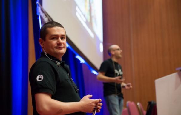 Román Ramírez, hacker, fundador de RootedCON