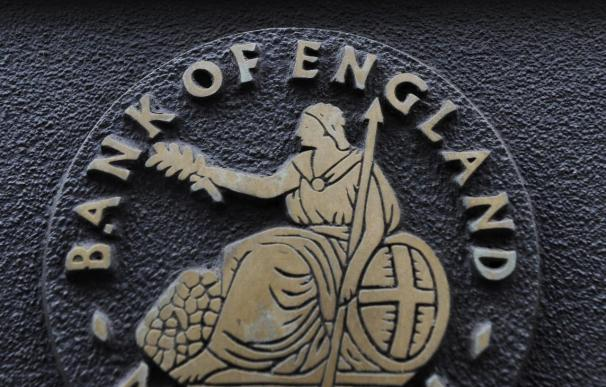 El Banco de Inglaterra mantiene intactos los tipos y su programa de estímulo