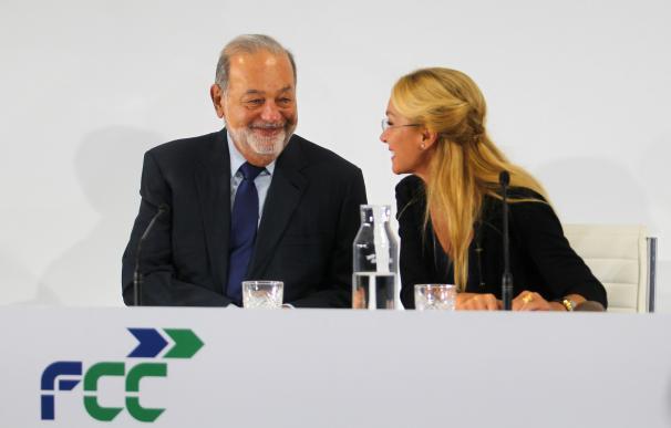 Carlos Slim y Esther Alcocer Koplowitz en el último 'investors day' de la compañía.