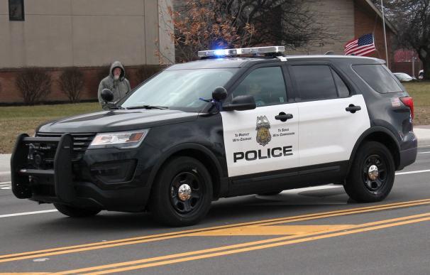 Fotografía de un coche de policía de Minesota.