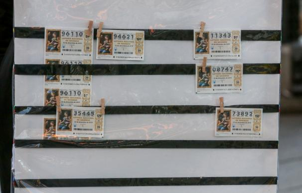 Décimos de Lotería de Navidad, en Madrid (España), a 18 de noviembre de 2019.