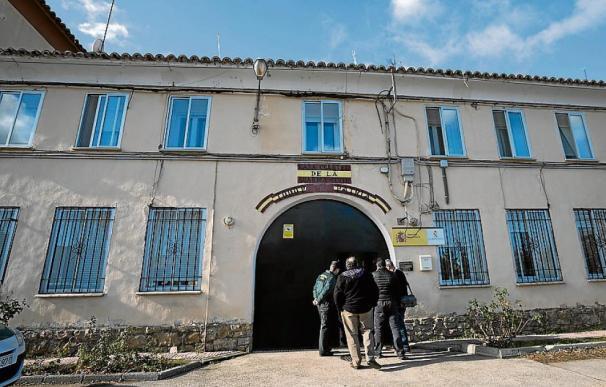 Fotografía Casa Cuartel Utrillas / Heraldo