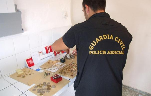 Detenido un vecino de Ayamonte acusado de seis robos de joyas en casas con un valor de 100.000 euros