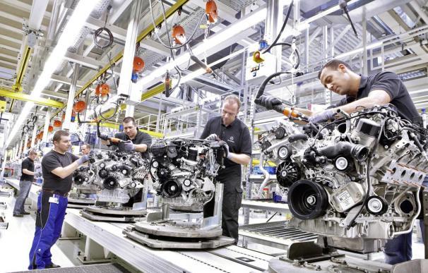 Las ventas de coches en Alemania repuntan un 2% en julio, con 253.150 unidades