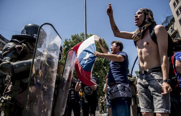 Manifestantes durante las protestas en Santiago de Chile.