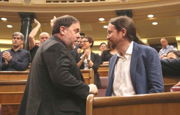 La entente republicana de Iglesias y Junquera marca el signo de la legiislatura antes incluso de la formación del Gobierno