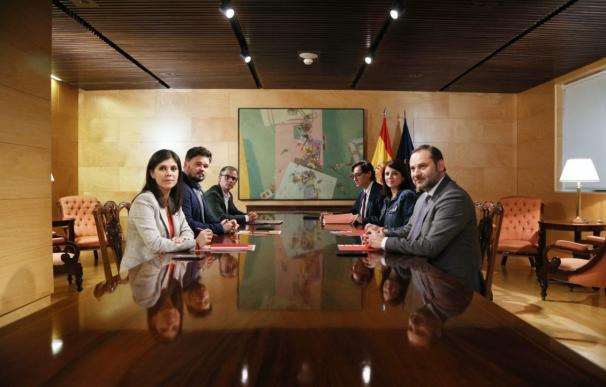 Reunión entre PSOE y ERC por la investidura