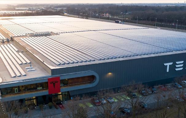 Una fábrica de Tesla en Tilburg, Países Bajos. /L.I.