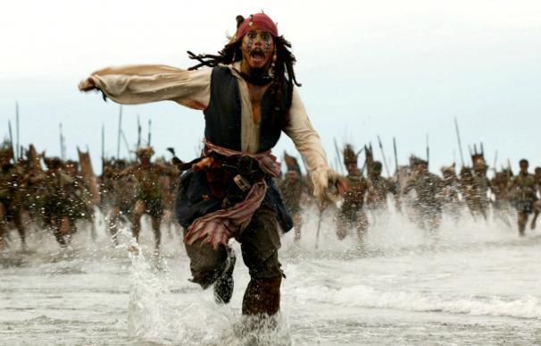 'Piratas del Caribe: El cofre del hombre muerto' (2006)