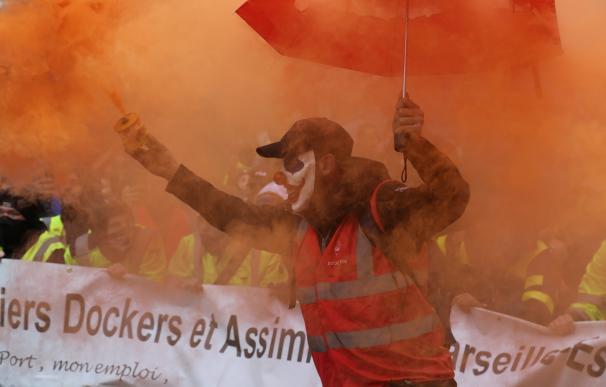 Manifestantes en las calles de Francia contra las reformas de pensiones. / EP