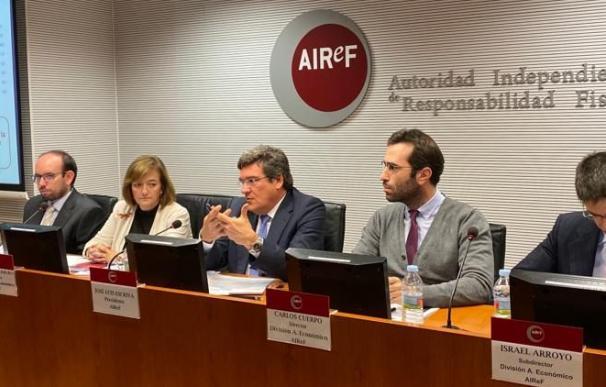 Fotografía presentación airef Israel Arroyo / Airef