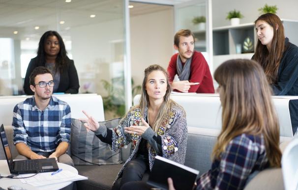 Los 10 mejores trabajos para un empleado junior: sueldos de hasta 50.000 euros