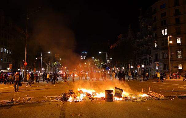 protestas sentencia proces en paseo de Gracia Barcelona