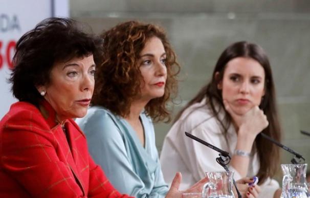 Fotografía Celaá, Irene Montero y María Jesús Montero / EFE
